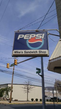 mike s sandwich shop reading restaurant reviews phone number rh tripadvisor com