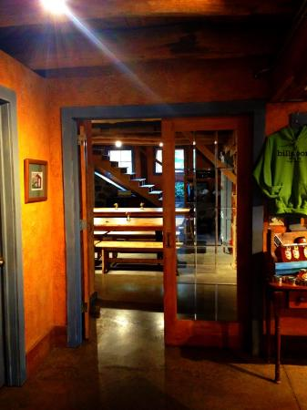 billsboro winery : tasting room