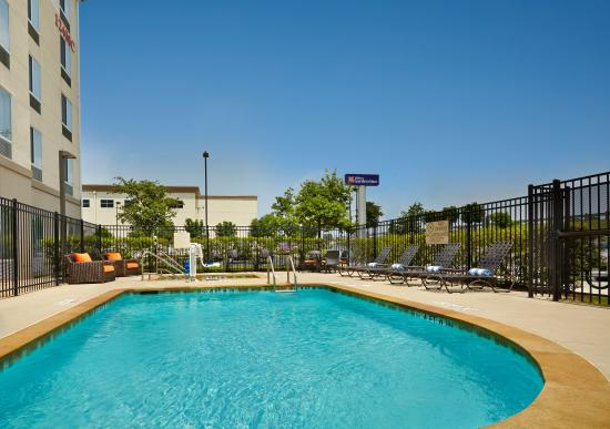 Hilton Garden Inn Austin North: Pool