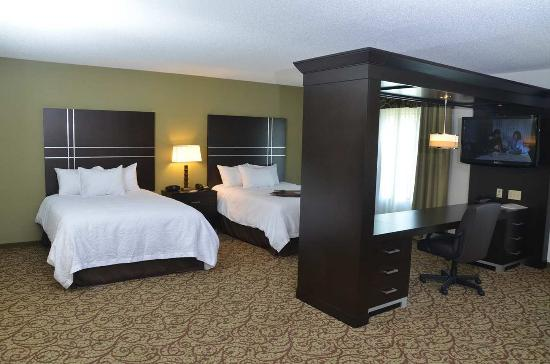 West Middlesex, PA: Double Queen Studio Suite bedding through canopy
