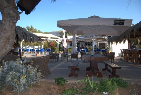 """Corinthia Region, กรีซ: Εστιατόριο - καφέ """"FUERTE"""""""