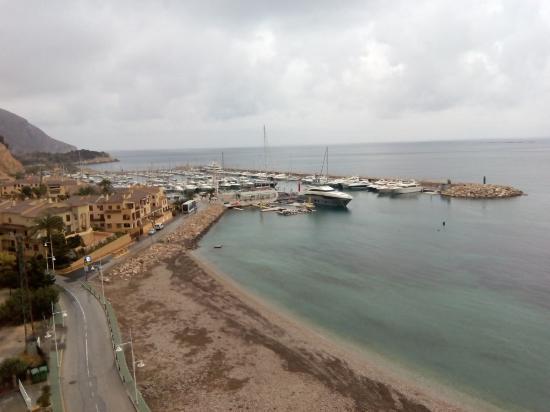 Pierre & Vacances Apartamentos Altea Port: Vista de la zona de puert deportivo