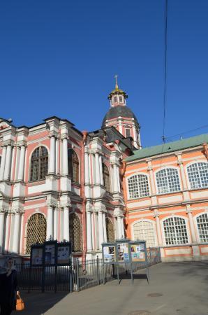 Церковь Сошествия Святого Духа.