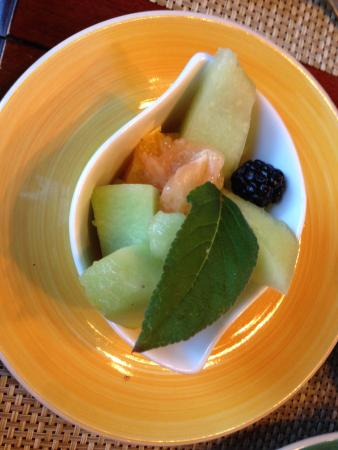 Fresh fruit for breakfast at Catalina Park Inn