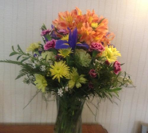 Bedford, Pensilvania: Easter flowers from guest