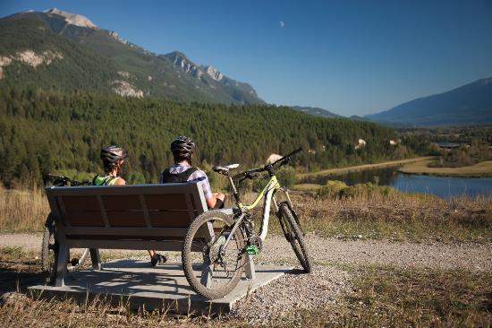 Goleen, Canadá: Golden BC activities biking