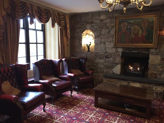 Abbeyglen Castle Hotel Photo