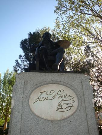 Monumento de Goya: Goya