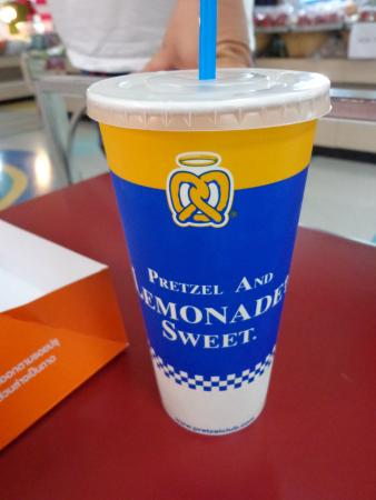 Auntie Anne's Pretzel Perfect