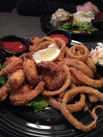 Spencer, MA: Excellent shrimp dinner and homemade onion rings!