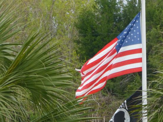 Orman House Historic State Park: Flags