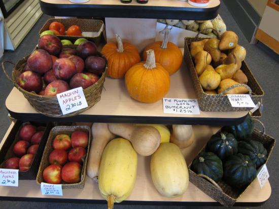 Fryeburg, ME: Local produce supported