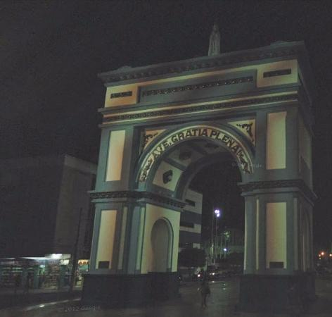 Sobral, CE: Vista noturna do Arco!