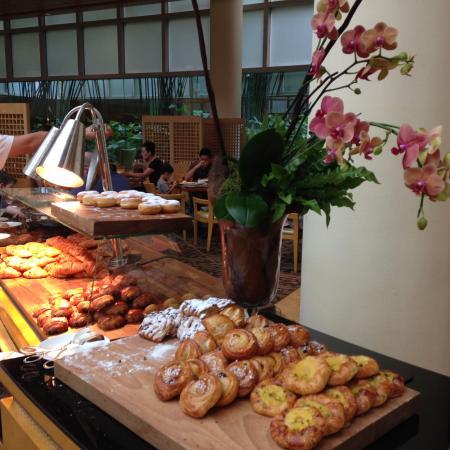 breakfast buffet picture of the ritz carlton millenia singapore rh tripadvisor co za