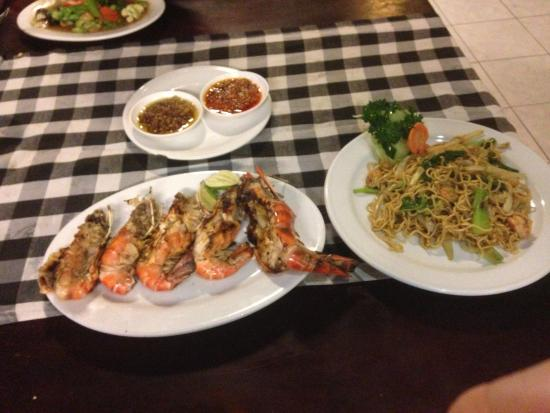 Surya Chandra SC restaurant Kuta: With noodles -so enjoyable with sauces and prawns.