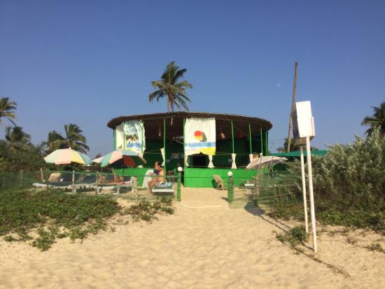 Sandpat Beach Shack: photo0.jpg