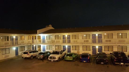Motel 6 Corpus Christi Northwest: 20160323_232940_large.jpg
