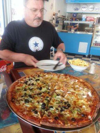 Mykonos Pizza, Pasta & Souvlaki Bar