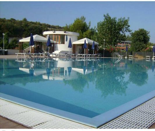 Villaggio Turistico Alga Blu