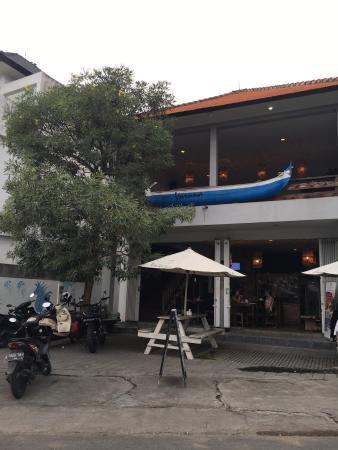 Warung Varuna