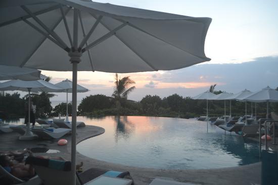 best sunset view at pool picture of sheraton bali kuta resort rh tripadvisor ie
