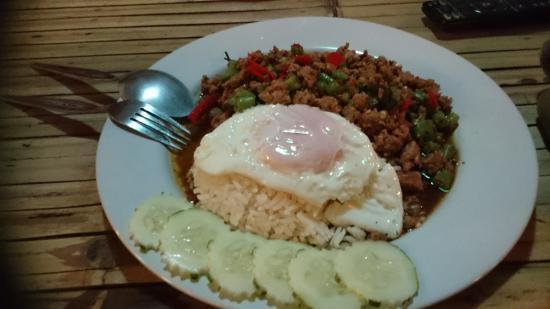 Mang Moom Bikerbar: Thai food