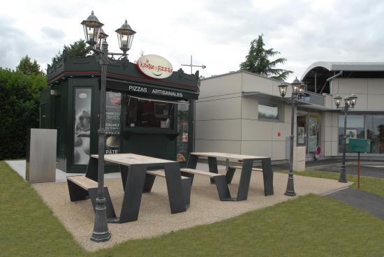Le Kiosque a pizzas - Montlouis sur Loire : Le KàP et sa terasse
