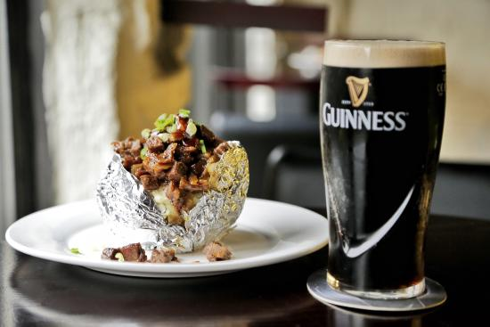 麦克若伊爱尔兰餐吧