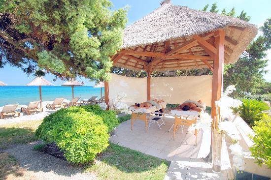 Aleria, França: massage  relaxant au bruit des vagues