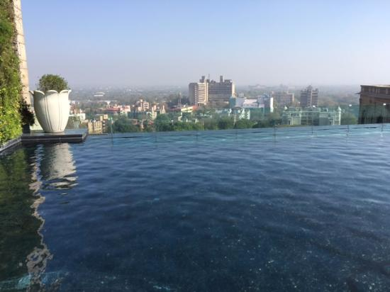 Amazing View Of Delhi Skyline From The Infinity Pool Picture Of The Leela Palace New Delhi