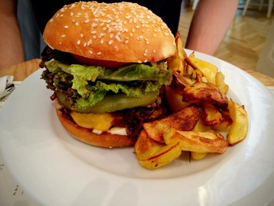 Simbio burger - picture of simbio, bucharest - tripadvisor