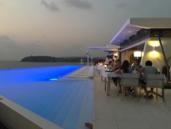 kata rocks restaurant picture of the oceanfront restaurant and bar rh en tripadvisor com hk