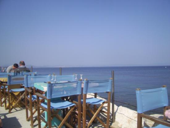 la terrasse en bord de mer photo de bar la plage porquerolles island tripadvisor. Black Bedroom Furniture Sets. Home Design Ideas