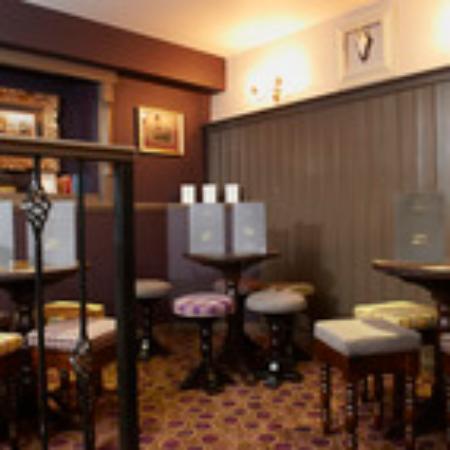 Corriegarth Hotel : Cosy bar area