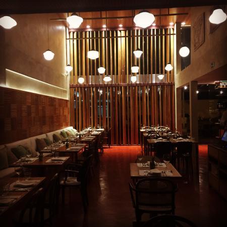 Sinho Restaurante + Empório