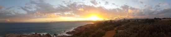 Port Elliot Beach House YHA: Just a 5min walk from the hostel!