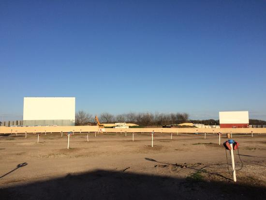 Galaxy drive in ennis texas showtimes
