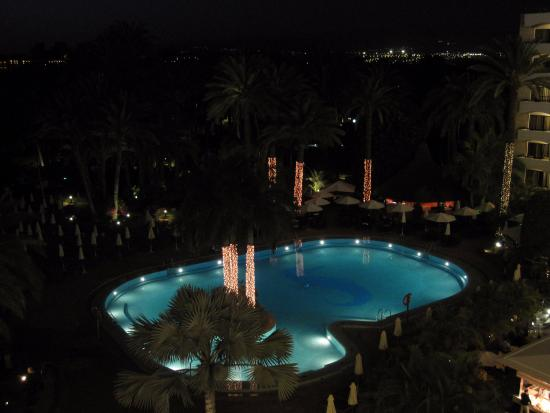 Seaside Palm Beach: Evening View of Hotel Grounds from Balcony