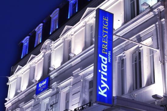 Kyriad prestige dijon centre hotel voir les tarifs 124 for Prix chambre kyriad