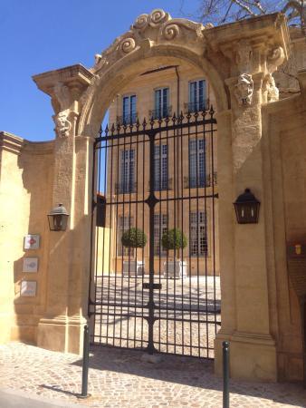 Picture of hotel de caumont art centre aix - Hotel de caumont aix en provence ...