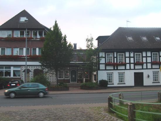 Akzent Hotel Zur Wasserburg Photo