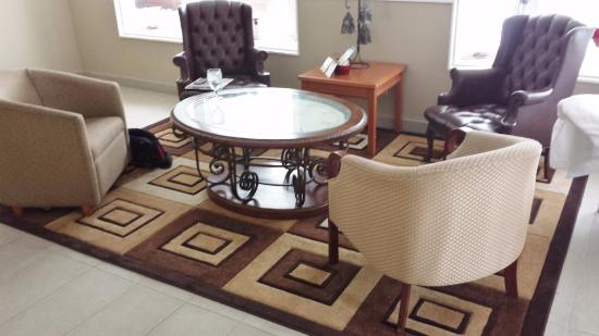 Country Squire Resort & Spa: Spa waiting room