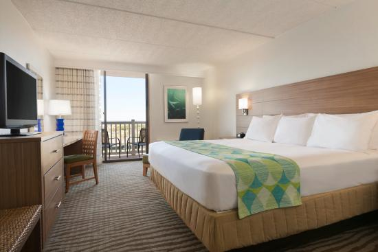 Radisson Hotel Corpus Christi Beach: King Guest Room