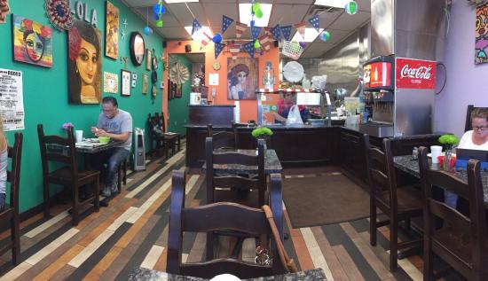 photo0.jpg - Picture of Lola\'s Kitchen, Barstow - TripAdvisor