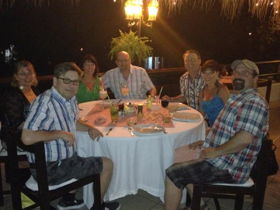 Viena Huatulco : A first time visit for some friends of ours definitely requires a night out at Cafe Viena