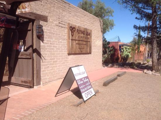 Tubac, AZ: Wine-derful place!