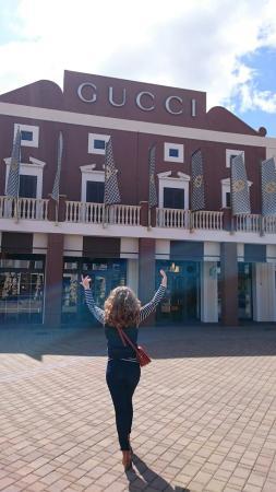 Gucci Store - Foto di Sicilia Outlet Village, Agira - TripAdvisor