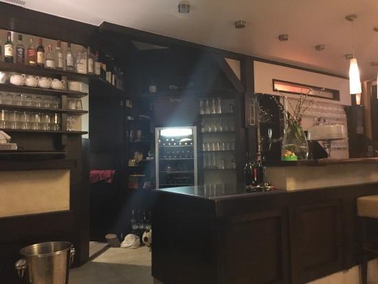 Huber's Essen & Trinken: The bar at Huber's