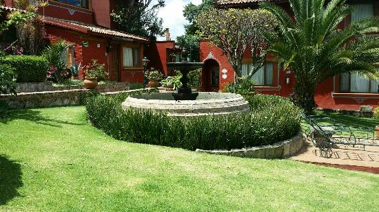 Foto de villa san jose hotel suites morelia hermosos for Jardin villa san gaspar