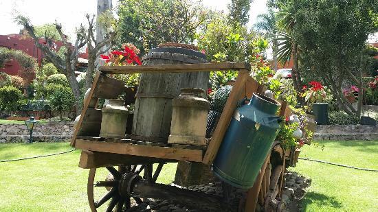 Villa San Jose Hotel & Suites: Hermosos jardines!
